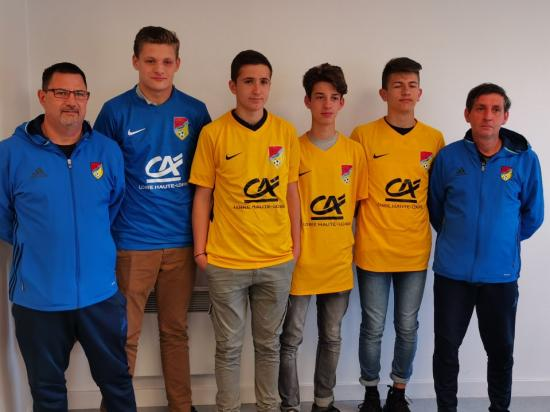 REMISE MAILLOTS CREDIT AGRICOLE U18
